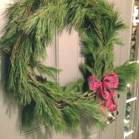 DIY Pine Roping Christmas Wreath