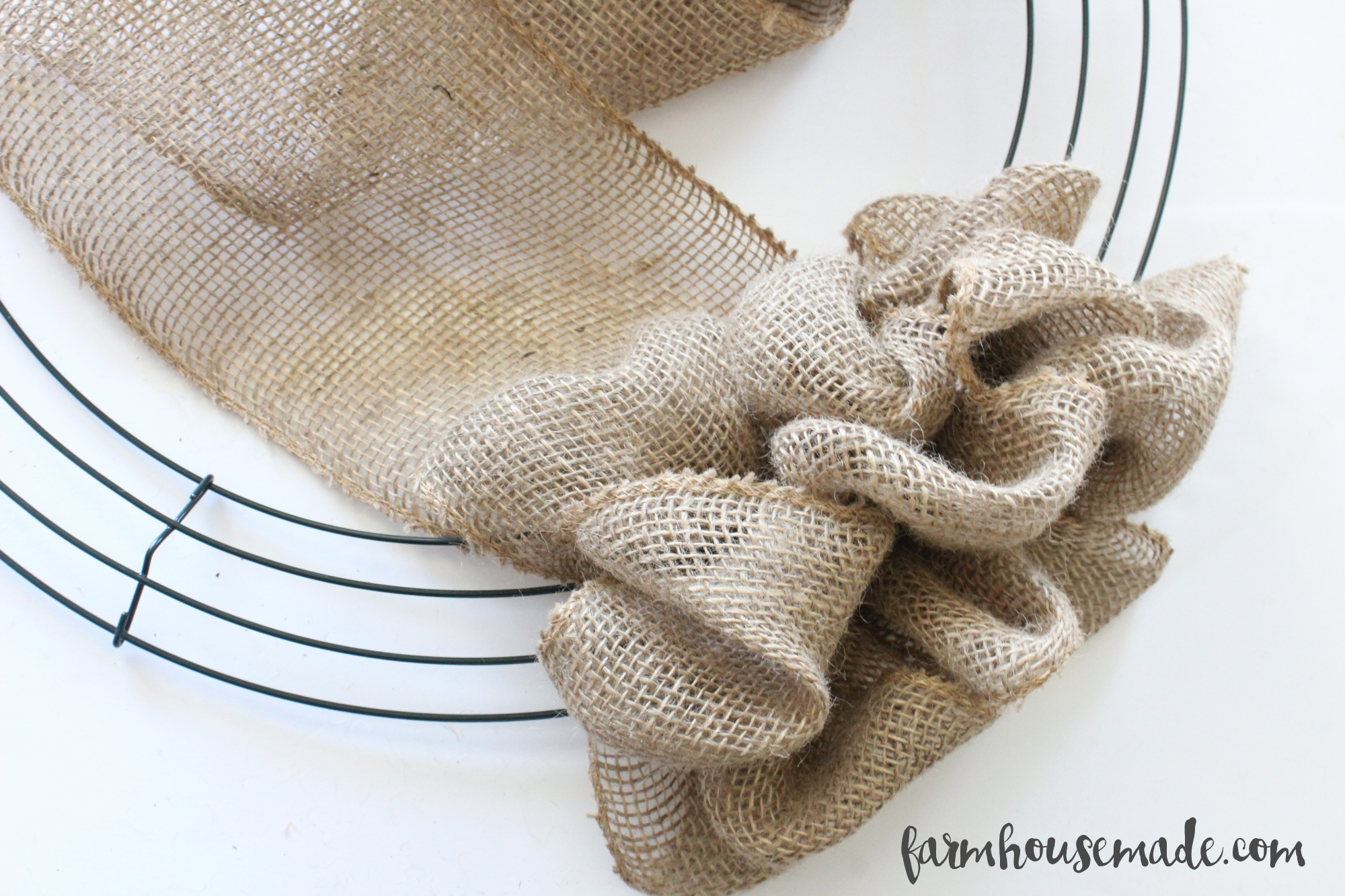 How-To-Make-A-Burlap-Wreath-Farmhouse-Made-9