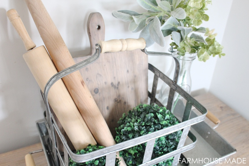Such a fast simple scrap wood project! Make a farmhouse style cutting board from wood scraps, in any size or shape. Can't get over how fast this scrap wood project was!