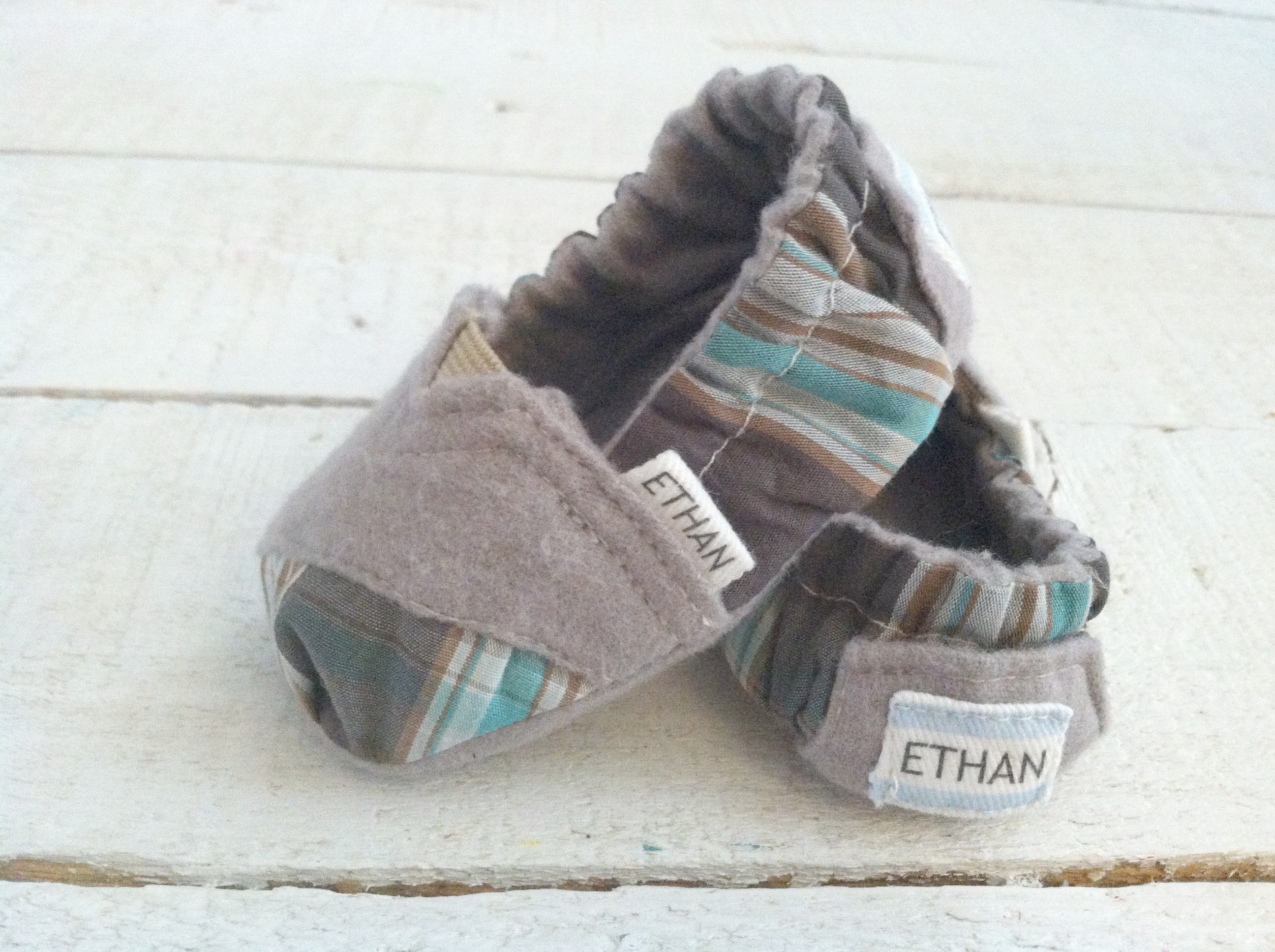 toms com moccasins boy baby shoes clothes s moccasin carter crib babies pin slippers and cribs carters