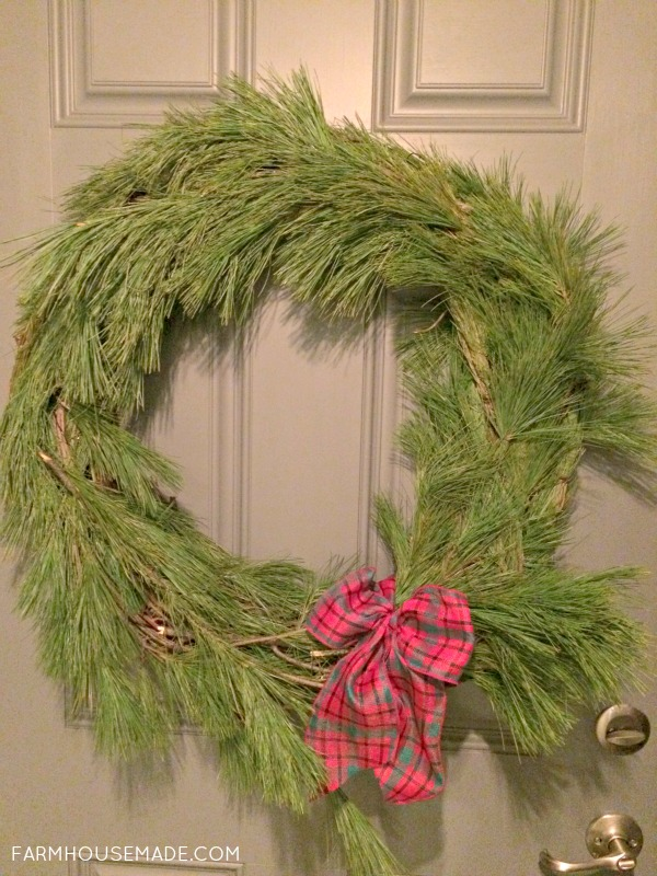 Make your own Christmas wreath with some pine roping!