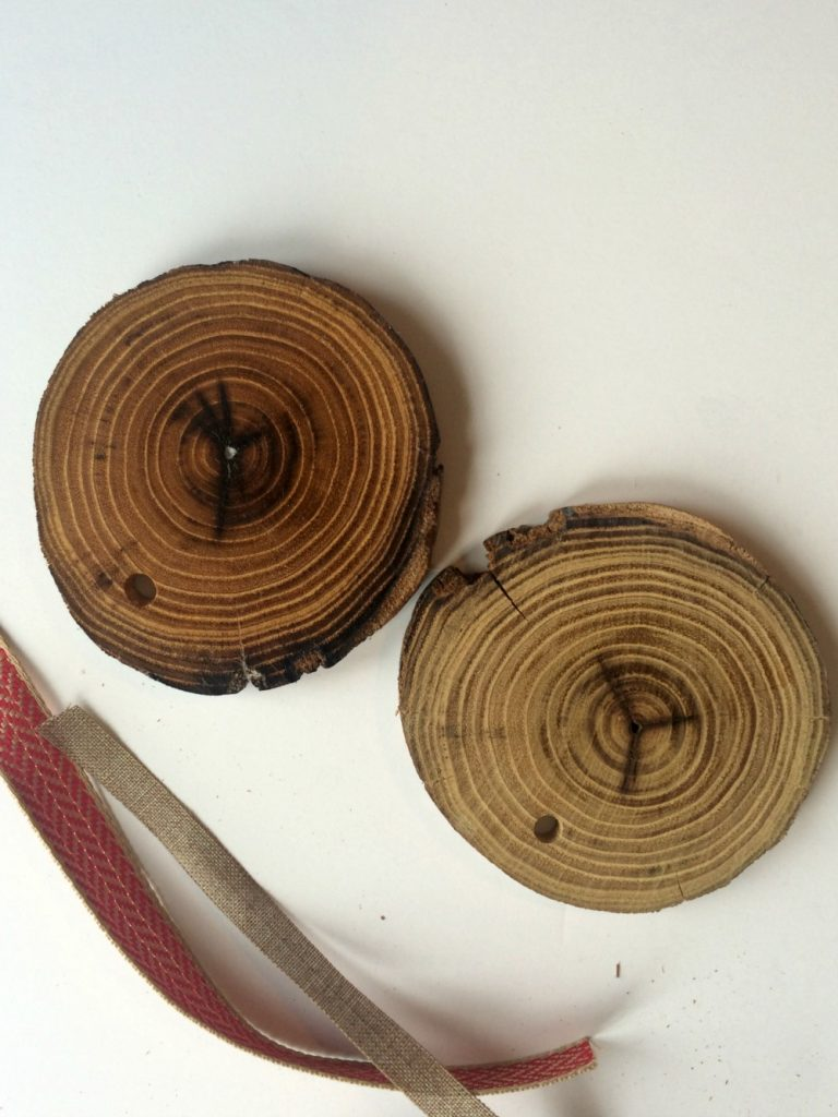 Rustic Wood Christmas Ornaments