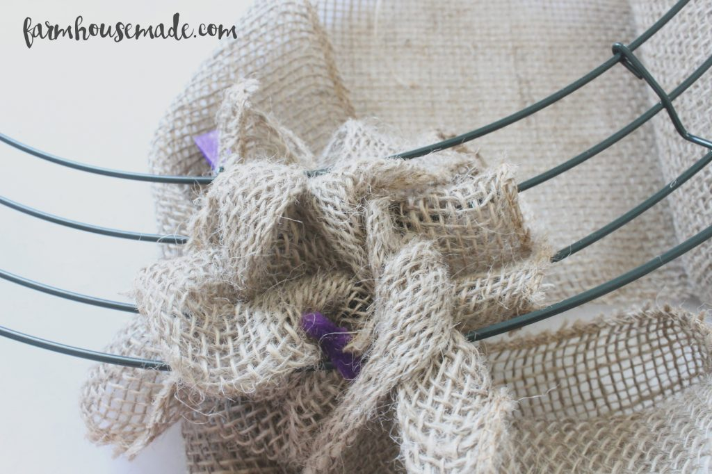 How-To-Make-A-Burlap-Wreath-Farmhouse-Made-8