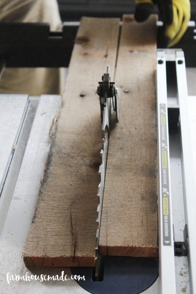Pallet-Blanket-Ladder-2