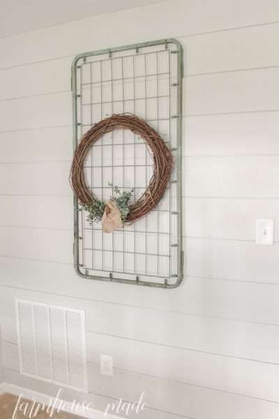 If you have a newer crib spring, but yearn for an old crusty one, this is the craft for you! Learn how to make this adorable crib spring repurpose!