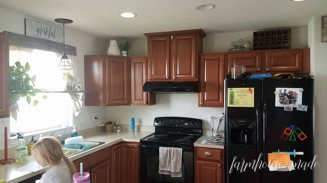 10 Kitchen Shelves You Will Want To Copy: Best Paint Sprayer Kitchen Cabinets-10