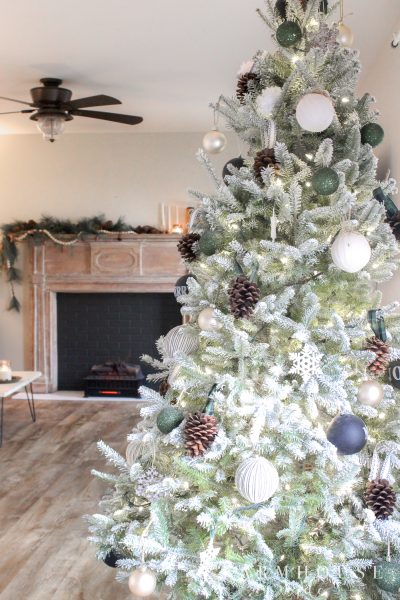 flocked farmhouse christmas tree